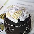 Pincushion: Bed of Roses (cream)