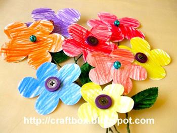 TheLittleCraftBoxbuttonflowers