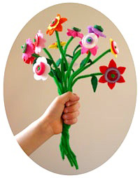 NiniMakesfeltbuttonflowers