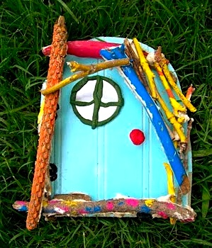 How to make a fairy door things to make and do crafts for Make fairy door craft