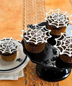 CountryLivingspiderwebcupcakes