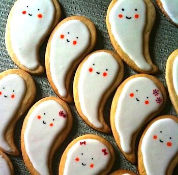 HappyBirdyCakeghostcookies