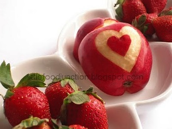 LittleFoodJunctionappleheart