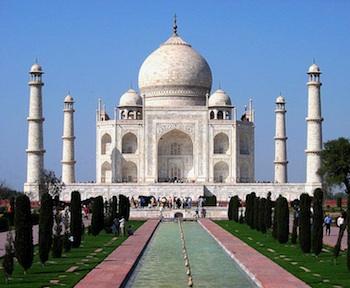 Taj Mahal by Dhirad