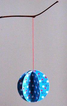 JulieAdorepaperballornament