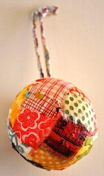 JaneAndTheDucksfabricballornament