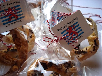 Luxembourg pretzels finished