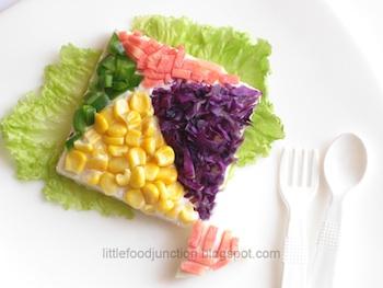 Little Food Junction kite sandwich