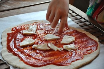 Italian pizza place cheese