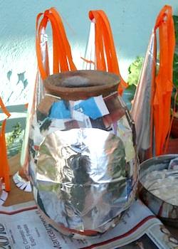 8 paste metallic paper to pot