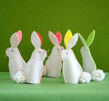 felt bunny finger puppets