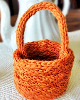 finger knit coil basket for spring or Easter