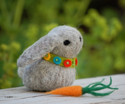 The Artful Parent giveaway bunny
