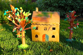 Make A Cardboard Dollhouse - Things to Make and Do, Crafts