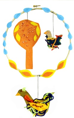 Creative Jewish Mom embroidery hoop mobile