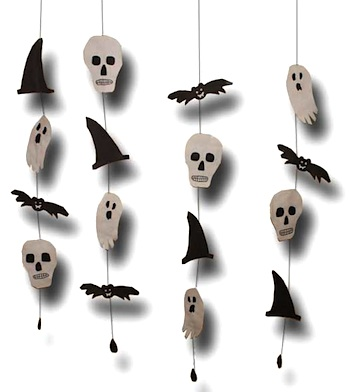 Halloween Craft Ideas Year Olds on Halloween Garland In Black   White   Things To Make And Do  Crafts And