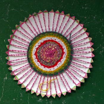 Fem Manuals paper plate weaving craft for kids & Paper Plate Weavings - Things to Make and Do Crafts and Activities ...