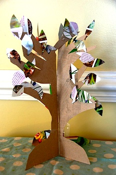 This Vintage Chica 3d paper tree