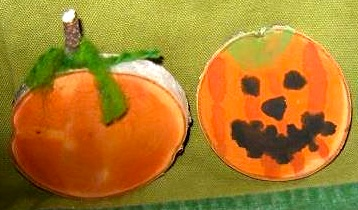 Plain And Joyful Living wood slice pumpkin painting