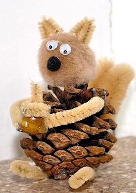 Family Crafts squirrel