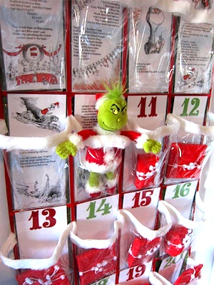 Chica And Jo grinch advent