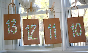 Moment To Moment paper bag advent