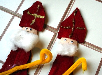 Sycamore Stirrings st. nicholas day spoon puppet