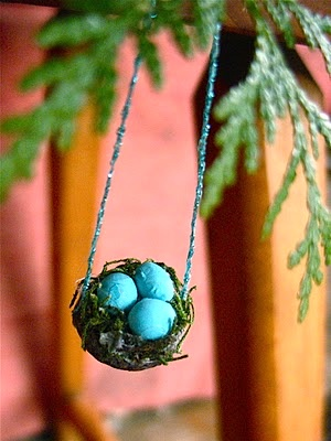 Twig And Toadstool acorn nest ornament