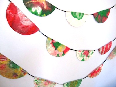 The Artful Parent coffee filter holiday garland