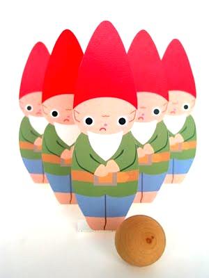Fantastic Toys gnome bowling