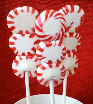 Muffin Tin Mom peppermint lollipops