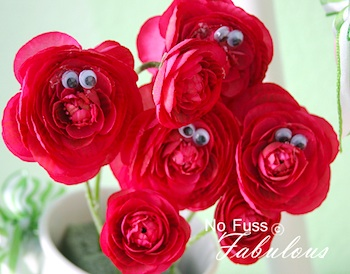 No Fuss Fabulous googley flowers red