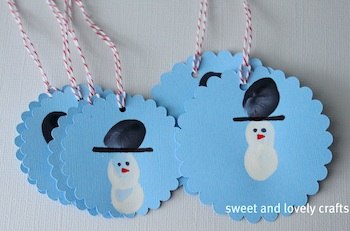 Sweet And Lovely Crafts fingerprint snowman tags