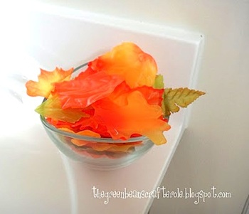 Greenbean's Crafterole fall leaf soap leaves