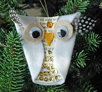 That Artist Woman owl ornament