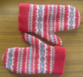 Nuno Magazine felted sweater mittens
