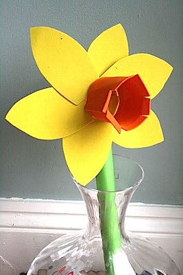 The Imagination Tree daffodil craft