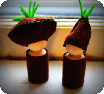 Twig and Toadstool root children peg dolls