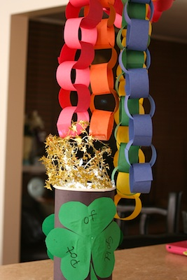 Mustard Seeds paper chain rainbow