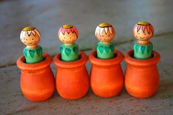 Wabi-Sabi Wanderings flower pot peg dolls