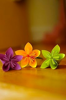 Sensible Living post-it origami flowers