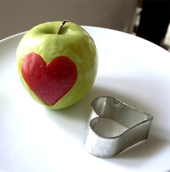 El Hada De Papel heart apple