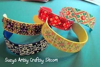 Suzy's Artsy Craftsy Sitcom popsicle stick bracelets