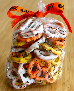Baked Perfection halloween pretzels