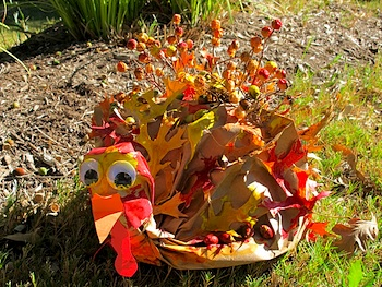 paper bag and leaves turkey craft
