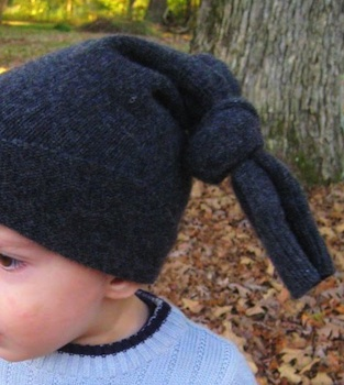 Barefoot Childhood easy hat