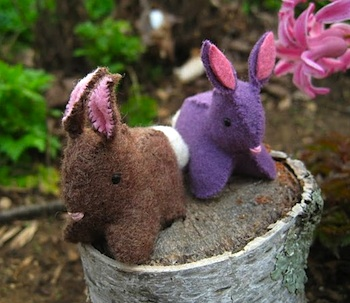 Purple Petunia Life felt bunny tutorial