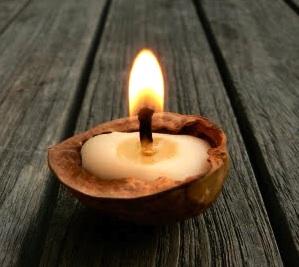 The Magic Onions walnut shell candles