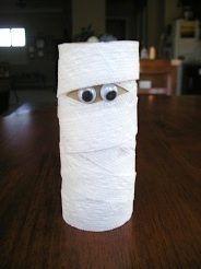 Busy Bee Kids Crafts tp roll mummy
