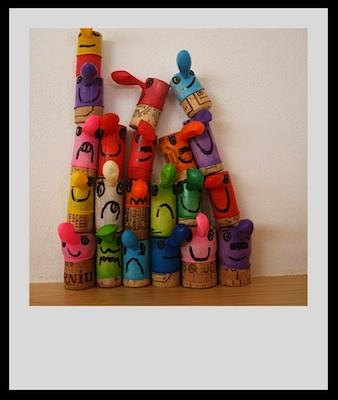Reciclando En La Escuela balloon cork people 2